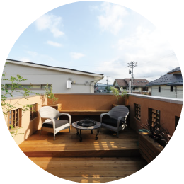 さいたま市の注文住宅の屋上リビング